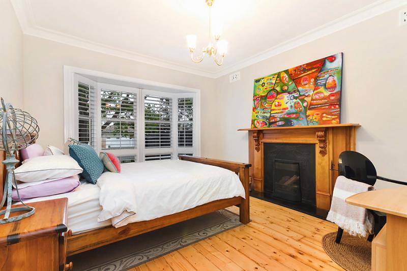 1floor classic white cottage (9)