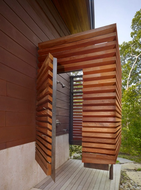 21-wonderful-outdoor-shower-and-bathroom-design-ideas (19)