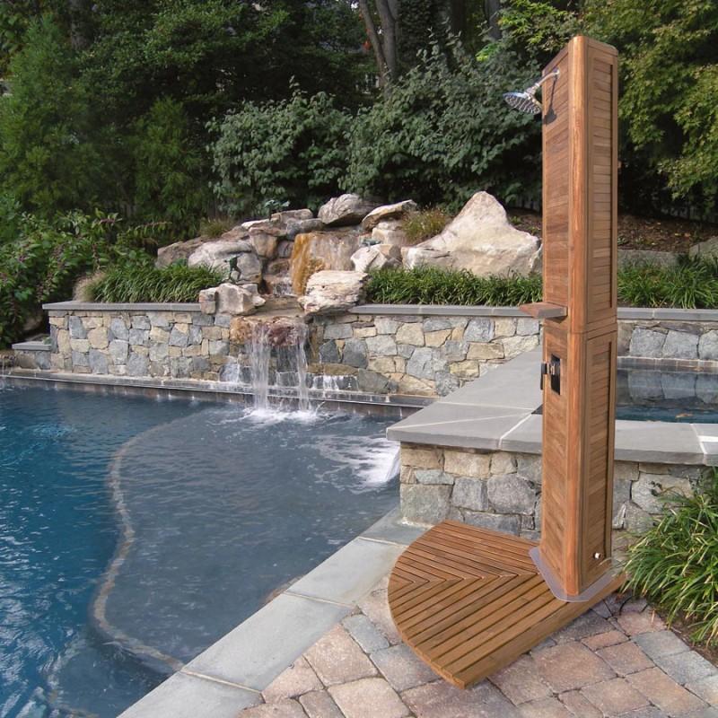 21-wonderful-outdoor-shower-and-bathroom-design-ideas (5)