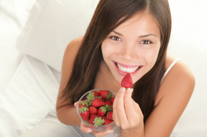 7 benefits of strawberry and beauty tips (5)