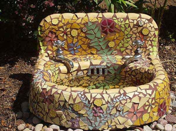 Mosaic Garden decoration ideas (16)
