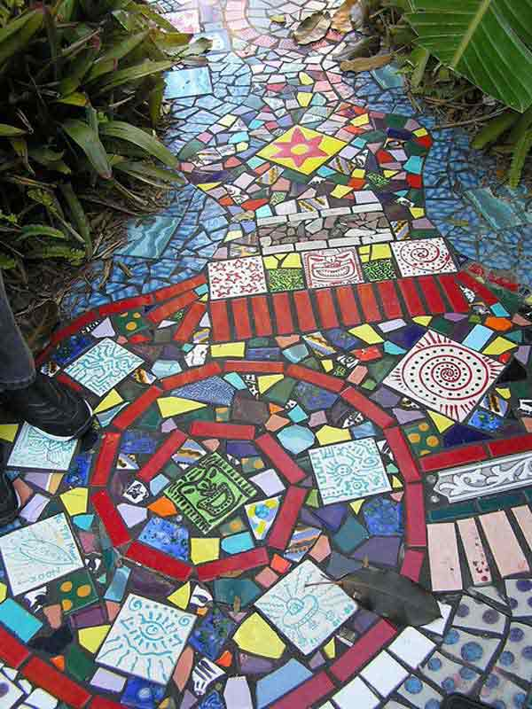 Mosaic Garden decoration ideas (2)