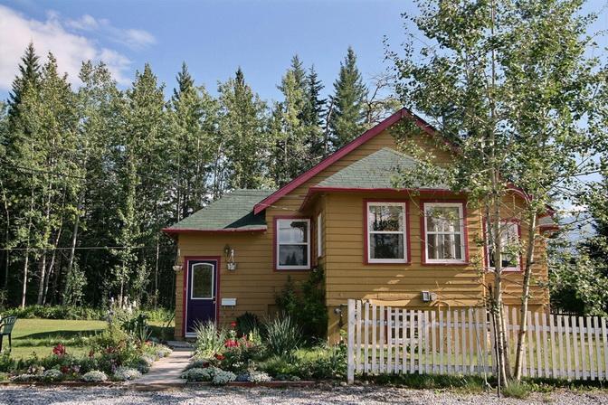 beautiful dream cottage  (1)