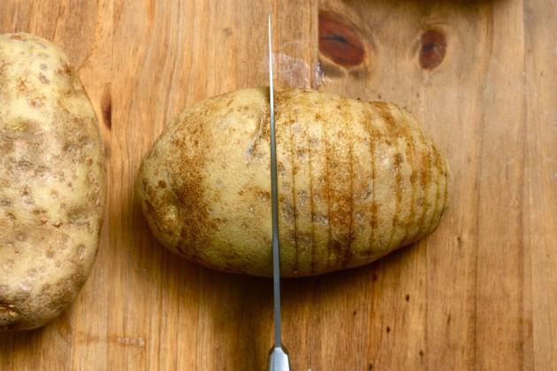 cheesy-baked-potatoes (2)