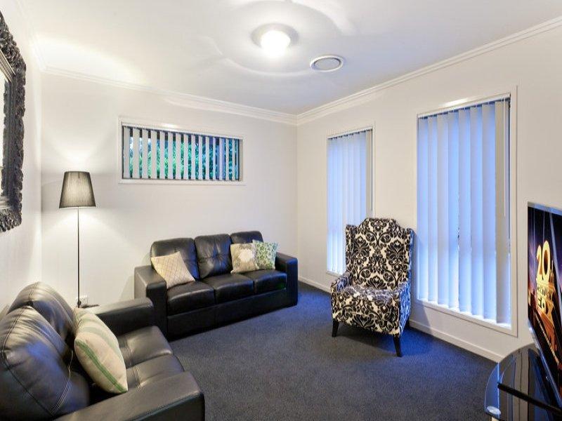 contemporary 2 storey 4 bedroom plain house (5)
