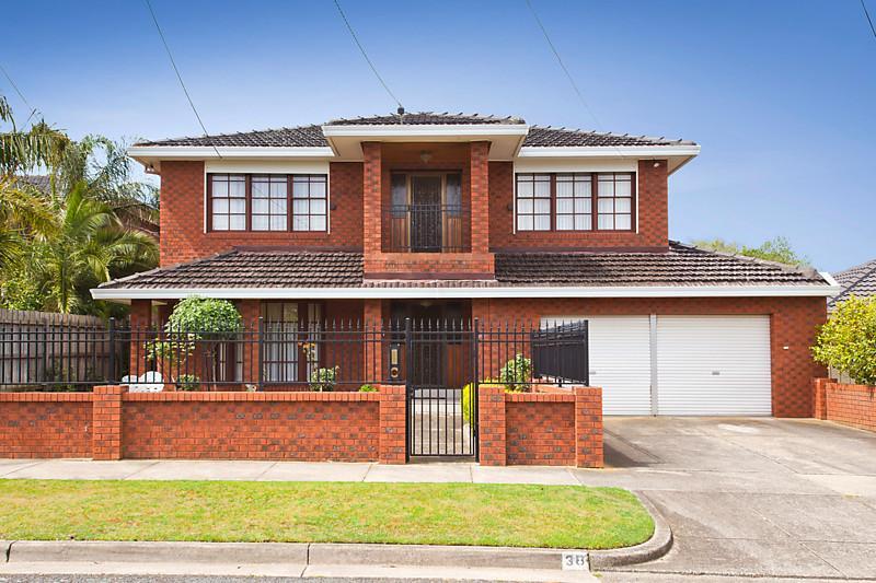 contemporary classical grand brick house (1)