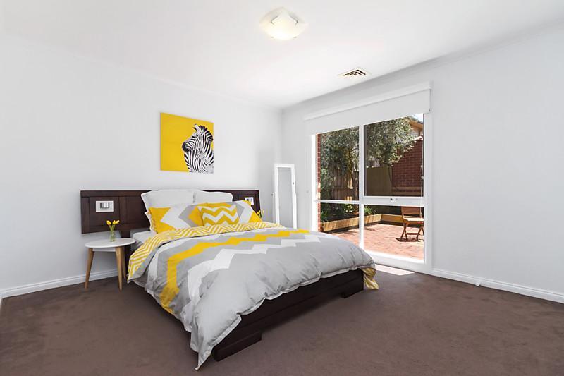 contemporary elegant brick house (8)