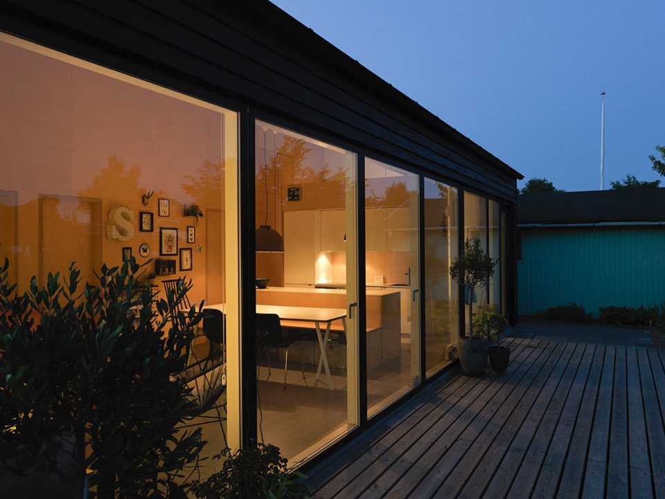 modern cottage for small family (1)