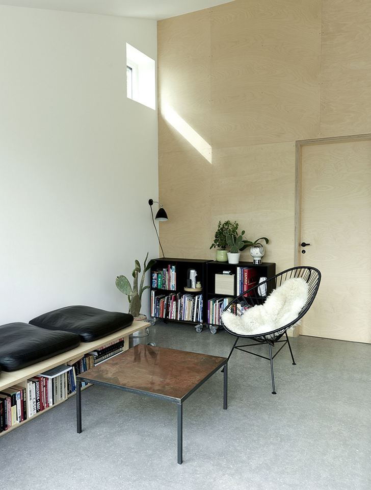 modern cottage for small family (3)