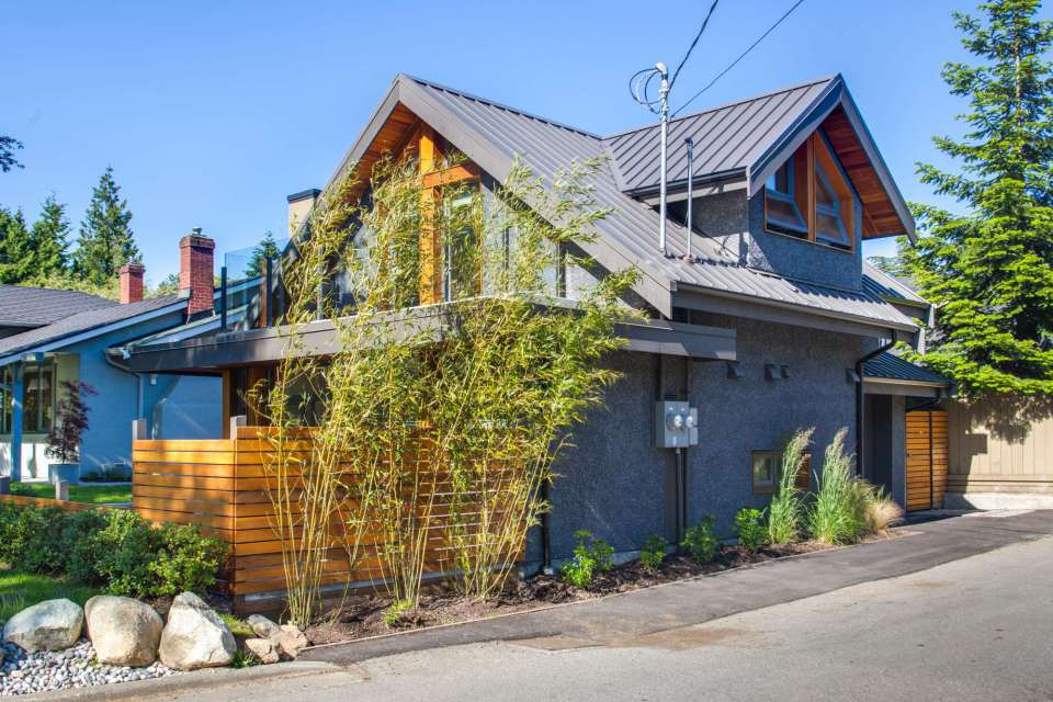 modern-laneway-cottage-for-a-young-family (13)