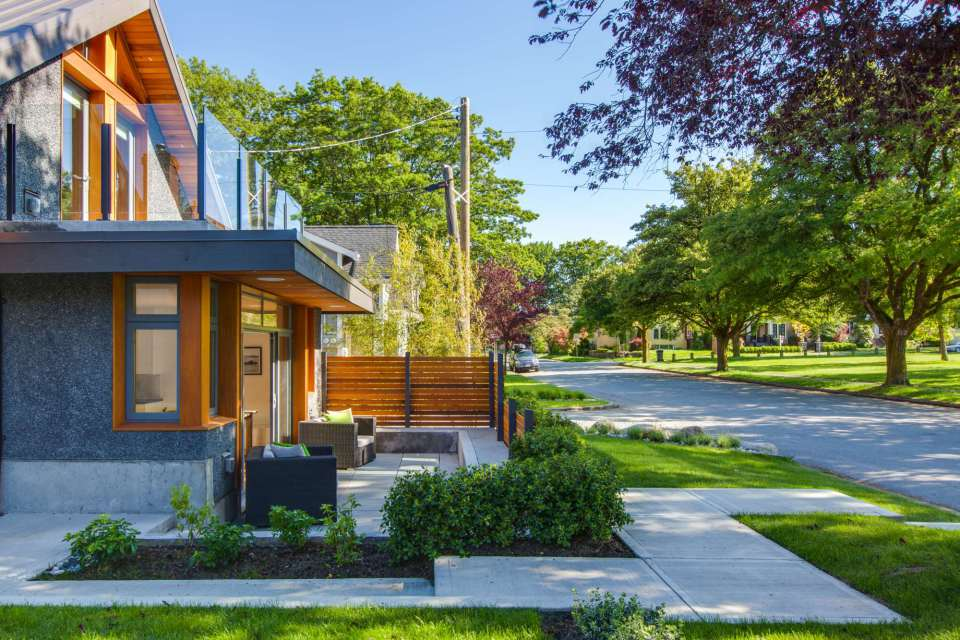 modern-laneway-cottage-for-a-young-family (3)