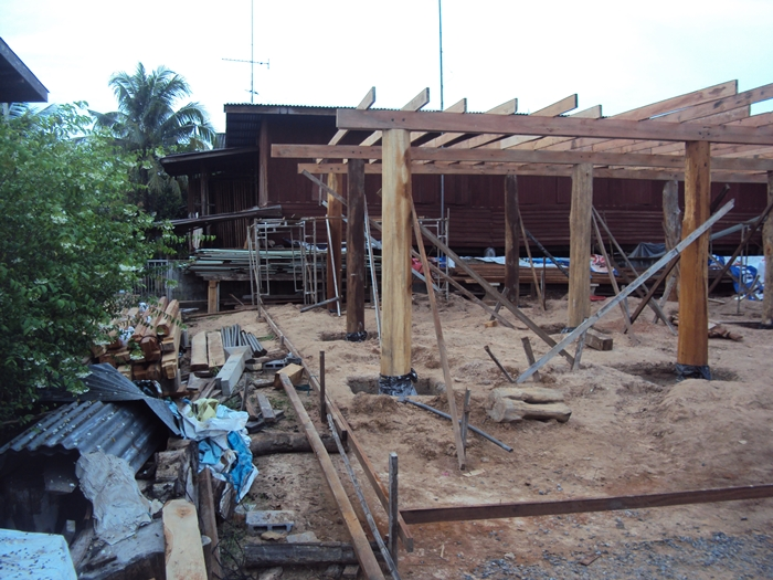 renovated oldschool thai house (22)