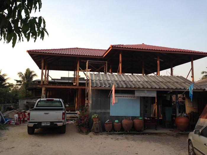 renovated oldschool thai house (35)