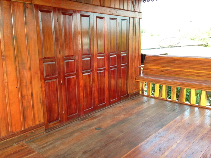 renovated oldschool thai house (58)