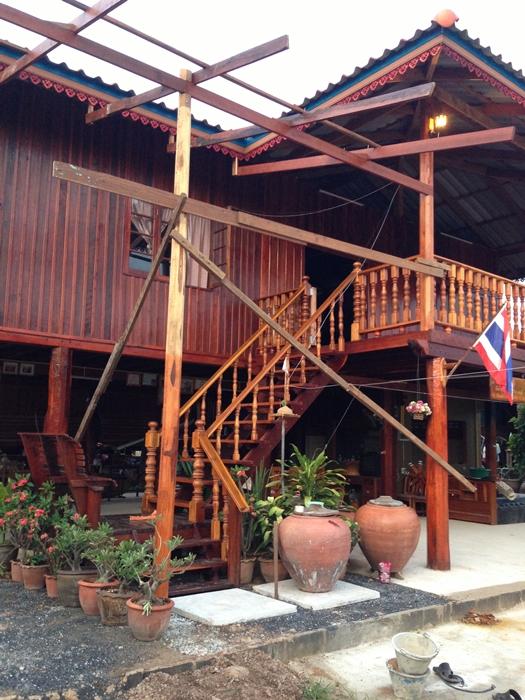 renovated oldschool thai house (66)