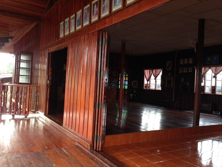 renovated oldschool thai house (73)