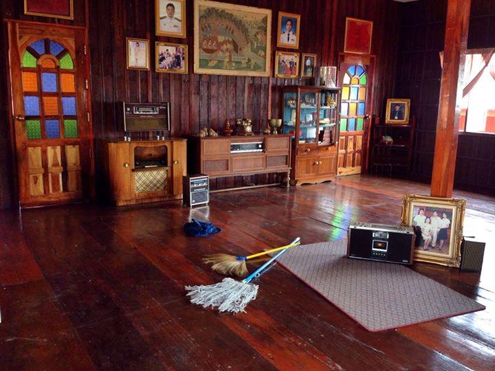 renovated oldschool thai house (74)
