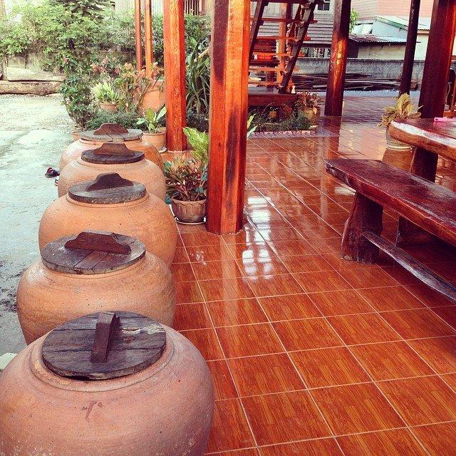 renovated oldschool thai house (77)