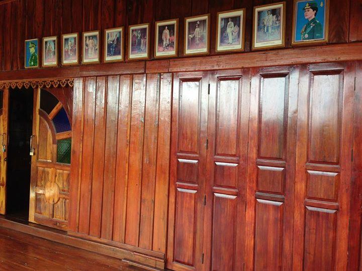 renovated oldschool thai house (78)