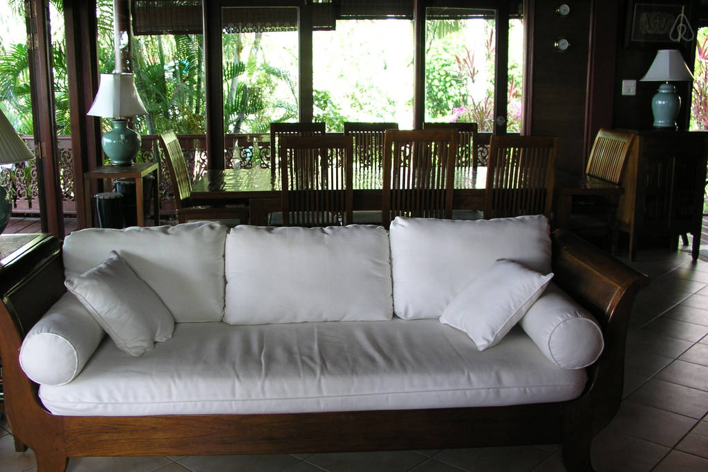 teak villa house in surathani (12)