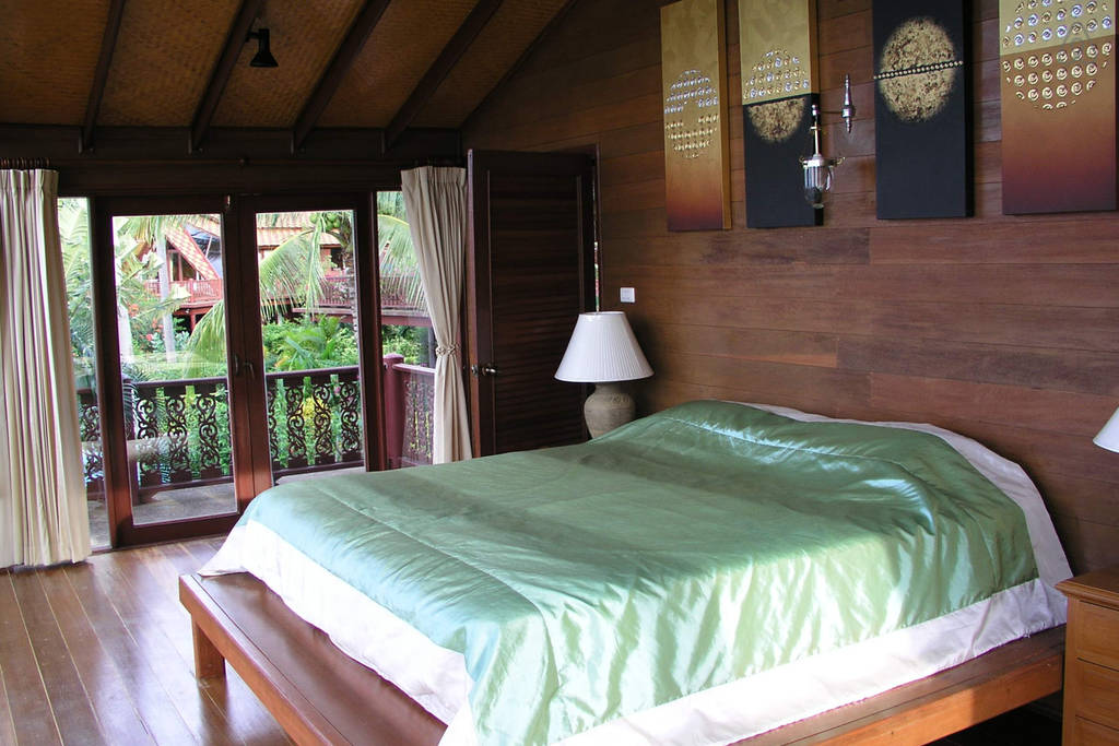 teak villa house in surathani (9)