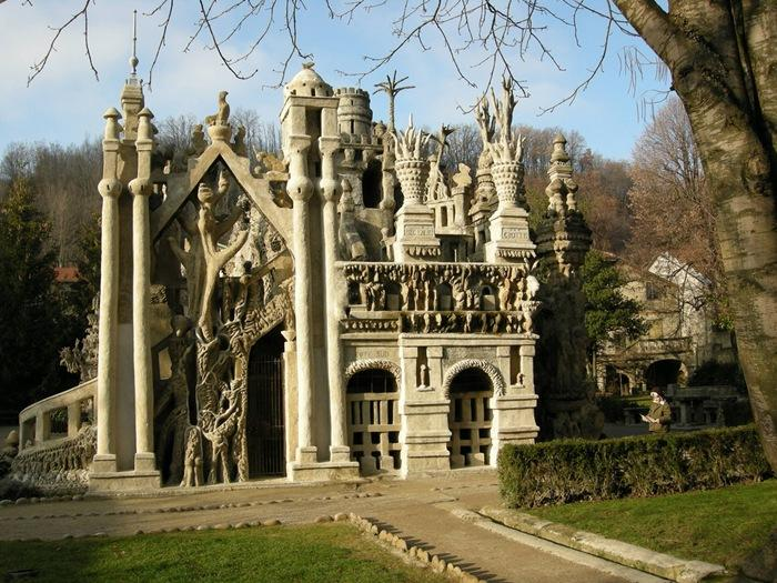 top 17 strangest buildings in the world (19)