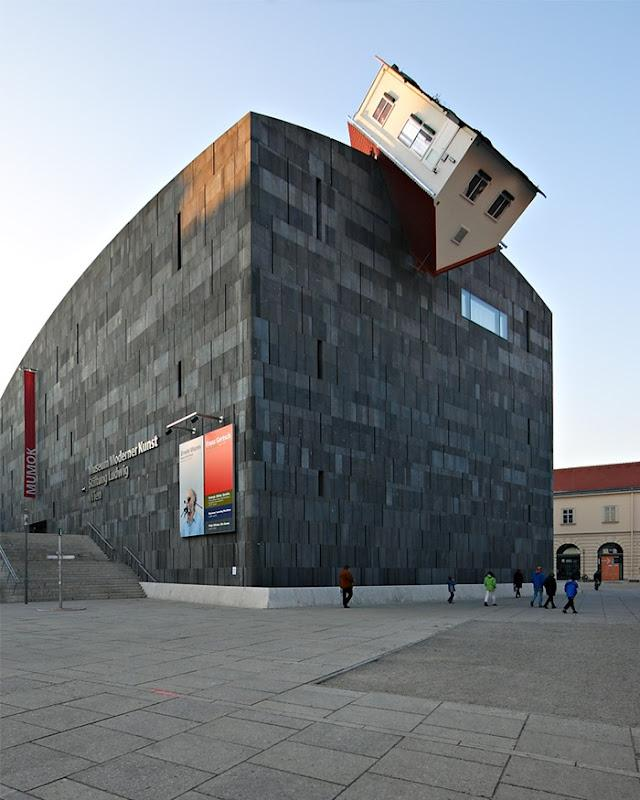 top 17 strangest buildings in the world (9)