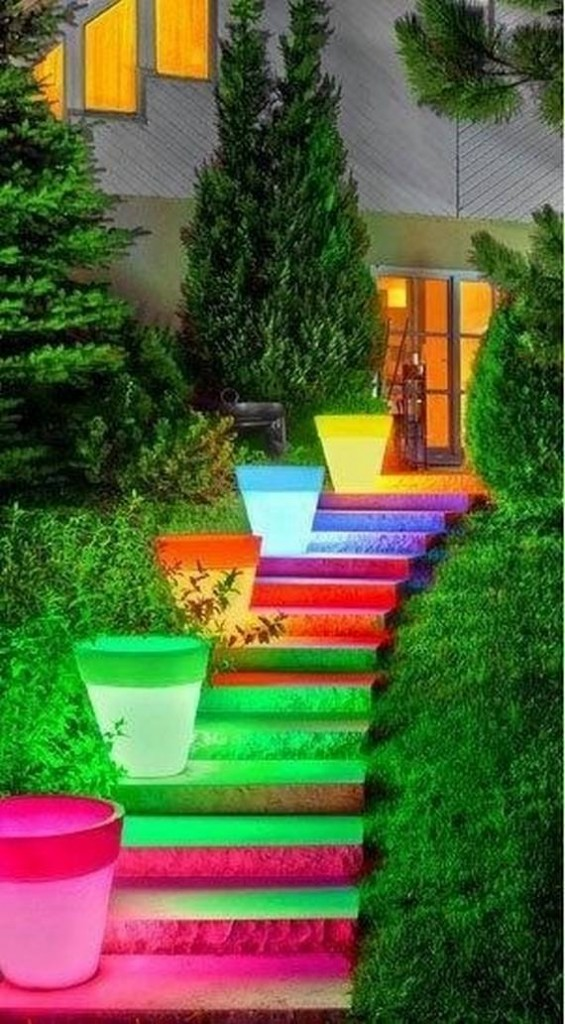 top-25-home-stairs-decorating-diy-projects (7)