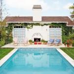 บ้านคอทเทจสไตล์อังกฤษโบราณ กับดีไซน์น่ารักสดใส พร้อมสระว่ายน้ำในตัว