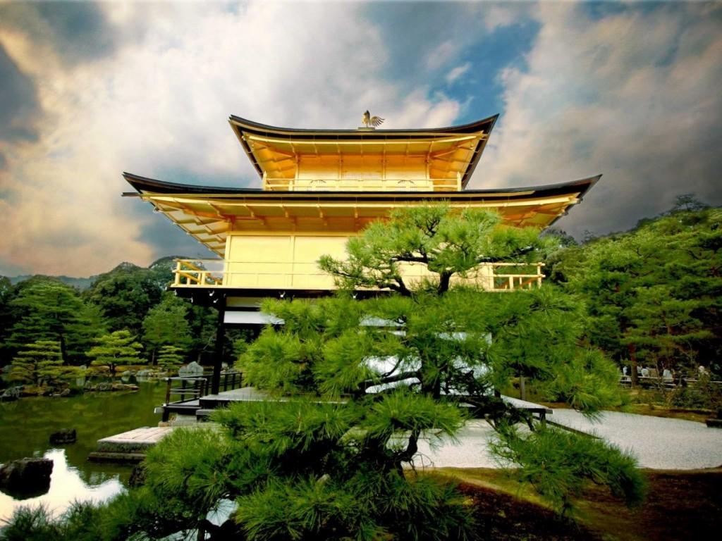 11-Golden-Temple-Tokyo