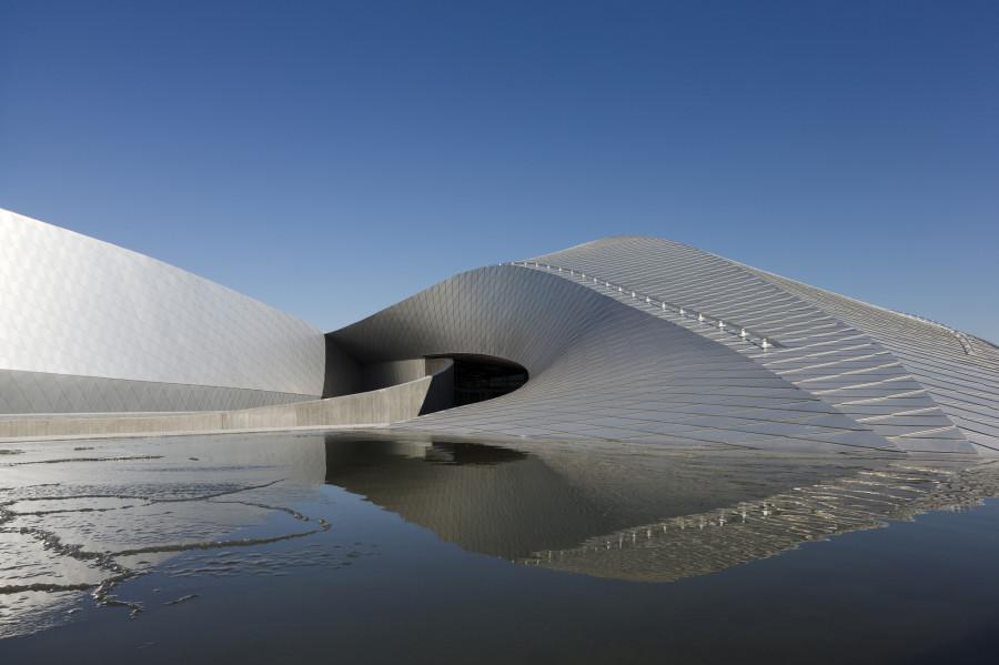 12-contemporary-building-designs-in-the-architecture-world (1)