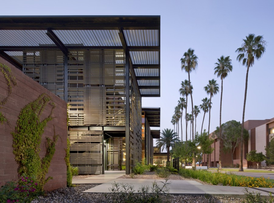 12-contemporary-building-designs-in-the-architecture-world (11)