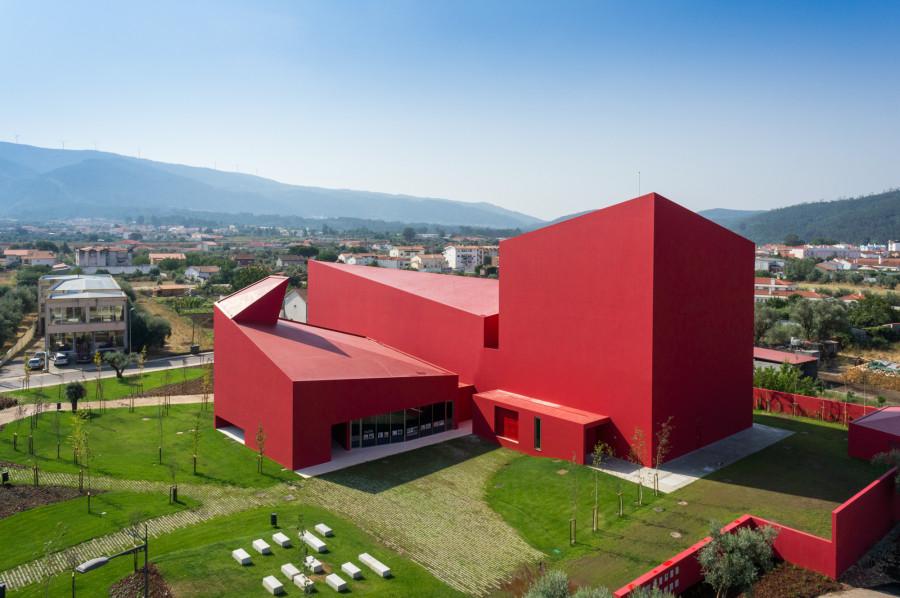 12-contemporary-building-designs-in-the-architecture-world (5)
