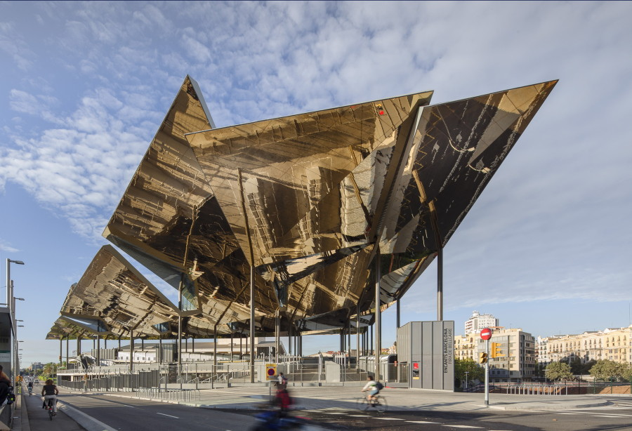 12-contemporary-building-designs-in-the-architecture-world (9)