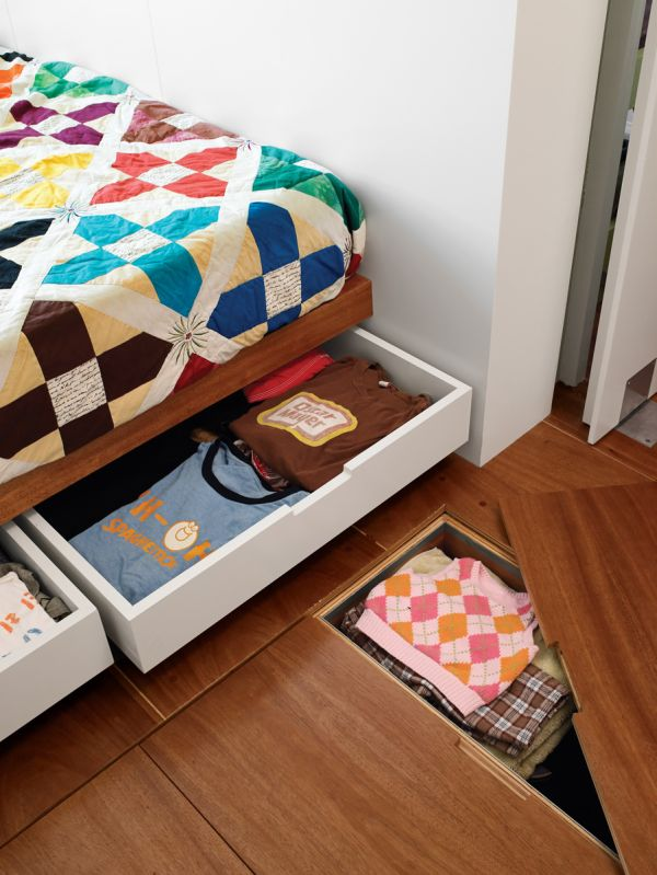 12-ingenious-hideaway-storage-ideas-for-small-spaces (1)