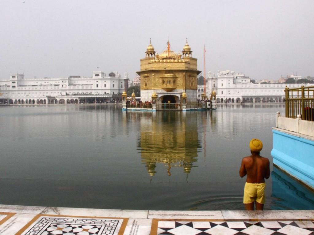 16-Golden-Temple-India