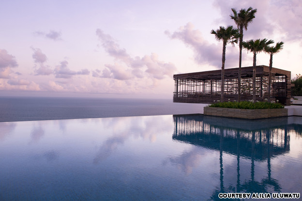 17 most amazing pools on the planet (17)