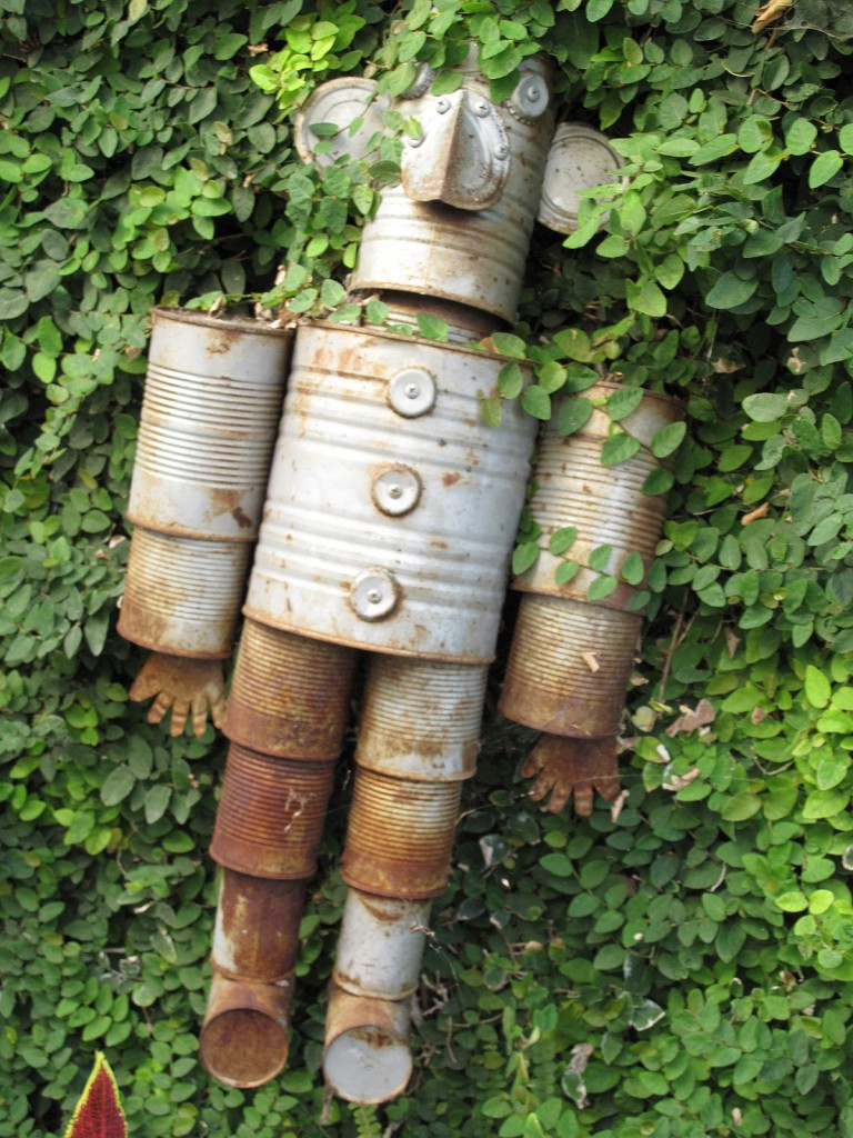19-creative-re-purposed-diy-tin-cans-projects-that-you-must-try (3)