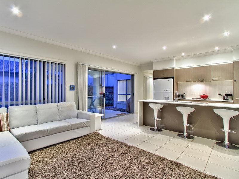 2 storey contemporary concrete house (2)