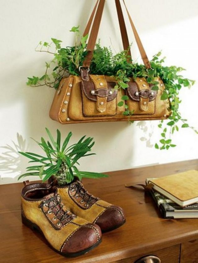 25-easy-peasy-recycled-diy-planters (1)