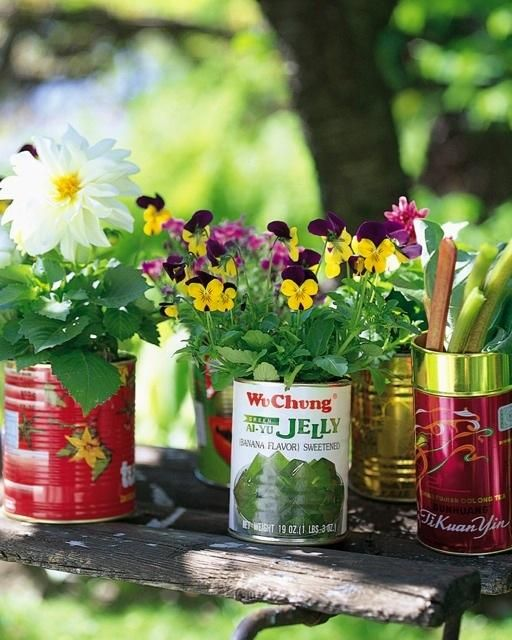 25-easy-peasy-recycled-diy-planters (21)