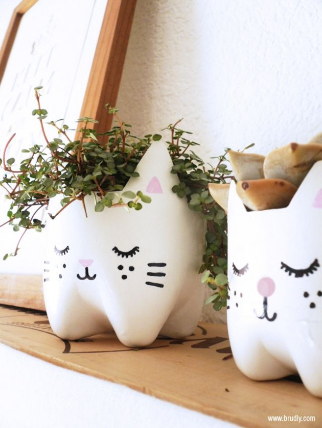25-easy-peasy-recycled-diy-planters (23)