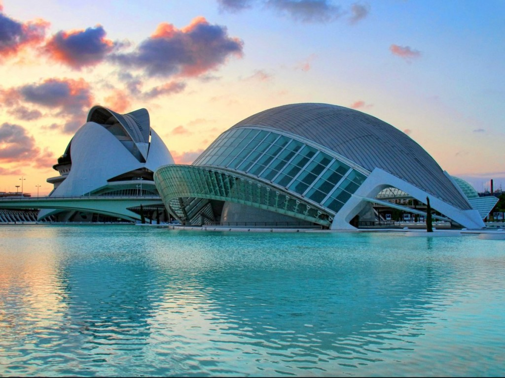 3-Spain-Art-Science-Opera-House