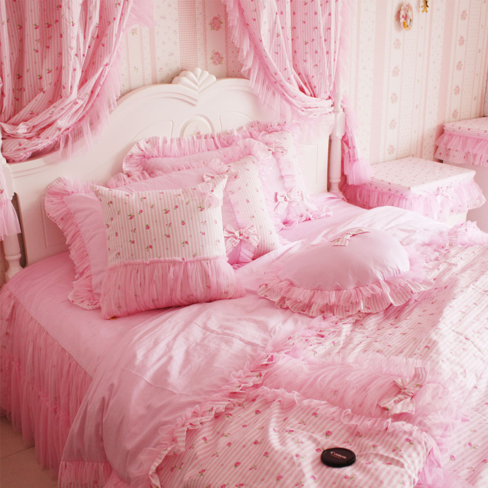31-dreamy-bedroom-designs-for-young-princess (19)