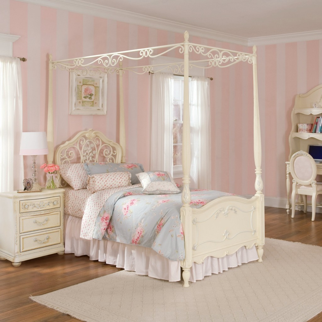 31-dreamy-bedroom-designs-for-young-princess (21)