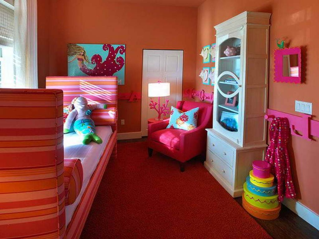 31-dreamy-bedroom-designs-for-young-princess (8)