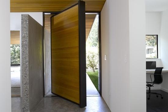 33-ultimate-front-door-designs (14)