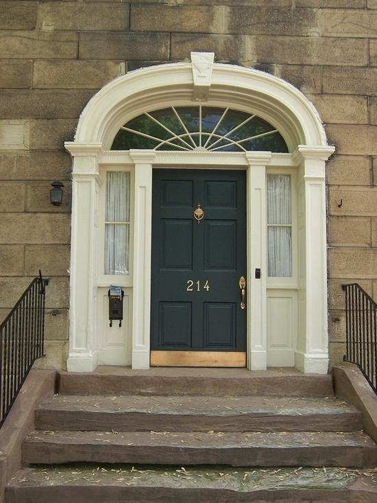 33-ultimate-front-door-designs (6)