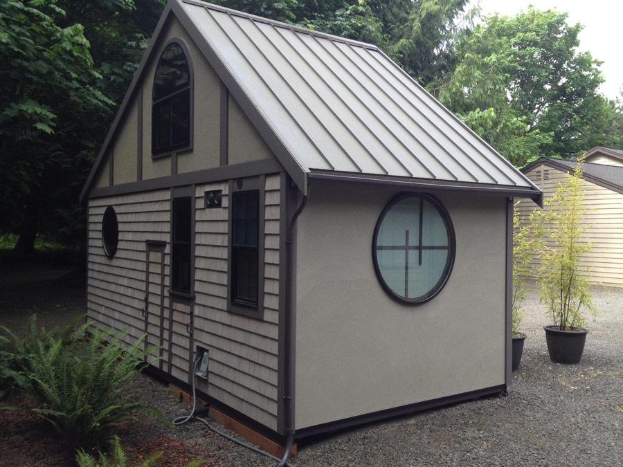 Luxury Tiny House (6)