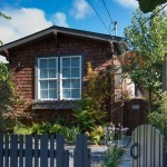 บ้านสไตล์คอทเทจหลังเล็กน่ารัก บรรยากาศสดใส ภายในเป็นกันเอง